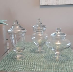 Matching Set of 3 Small Glass Apothecary J…